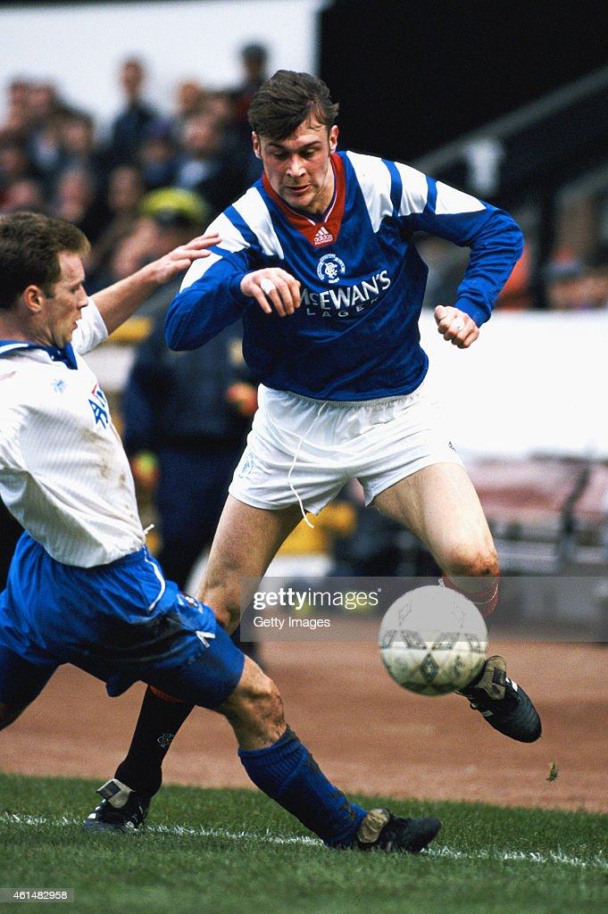 Rangers striker Duncan Ferguson in action during a Scottish League match circa 1994 in Glasgow, Scotland.
