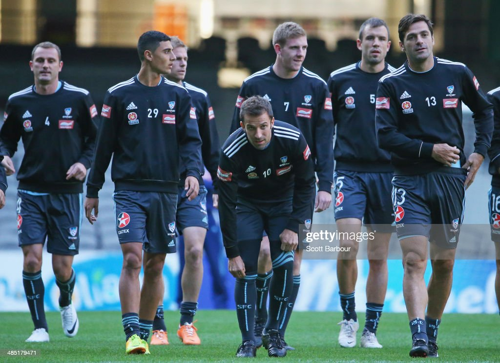 Ranko Despotovic Alec Urosevski Alessandro Del Piero Matthew Jurman and Saa Ognenovski warm up during a Sydney FC ALeague training session at Etihad...