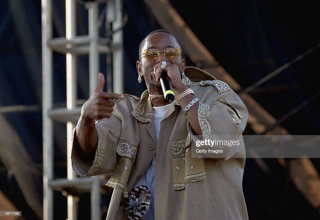 Rap artist Cam?ron performs at Music Midtown May 3, 2003 in Atlanta, Ga. Music Midtown features over 120 international, national and local musical acts performing over three days.