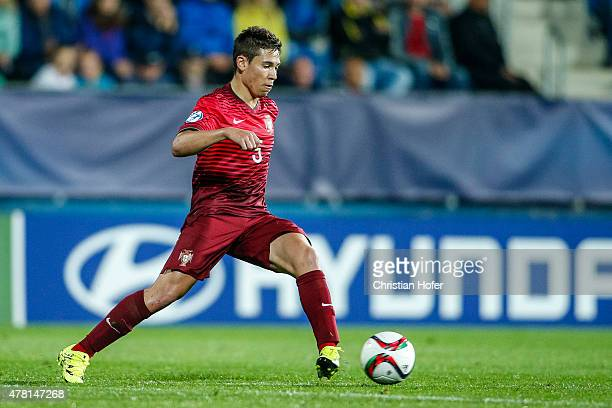 Raphael Guerreiro of Portugal controls the ball during the UEFA Under21 European Championship 2015 match between Italy and Portugal at Mestsky...
