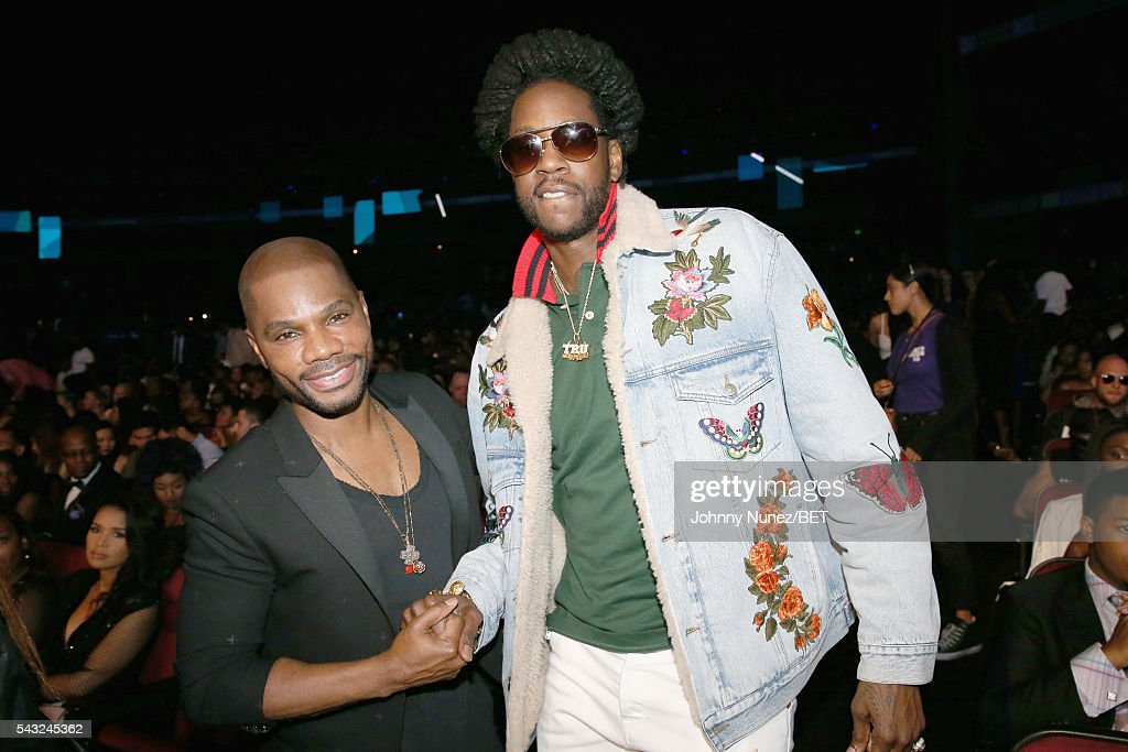 Rapper <a gi-track='captionPersonalityLinkClicked' href=/galleries/search?phrase=2+Chainz&family=editorial&specificpeople=8559144 ng-click='$event.stopPropagation()'>2 Chainz</a> (R) and singer <a gi-track='captionPersonalityLinkClicked' href=/galleries/search?phrase=Kirk+Franklin&family=editorial&specificpeople=779291 ng-click='$event.stopPropagation()'>Kirk Franklin</a> attend the 2016 BET Awards at the Microsoft Theater on June 26, 2016 in Los Angeles, California.