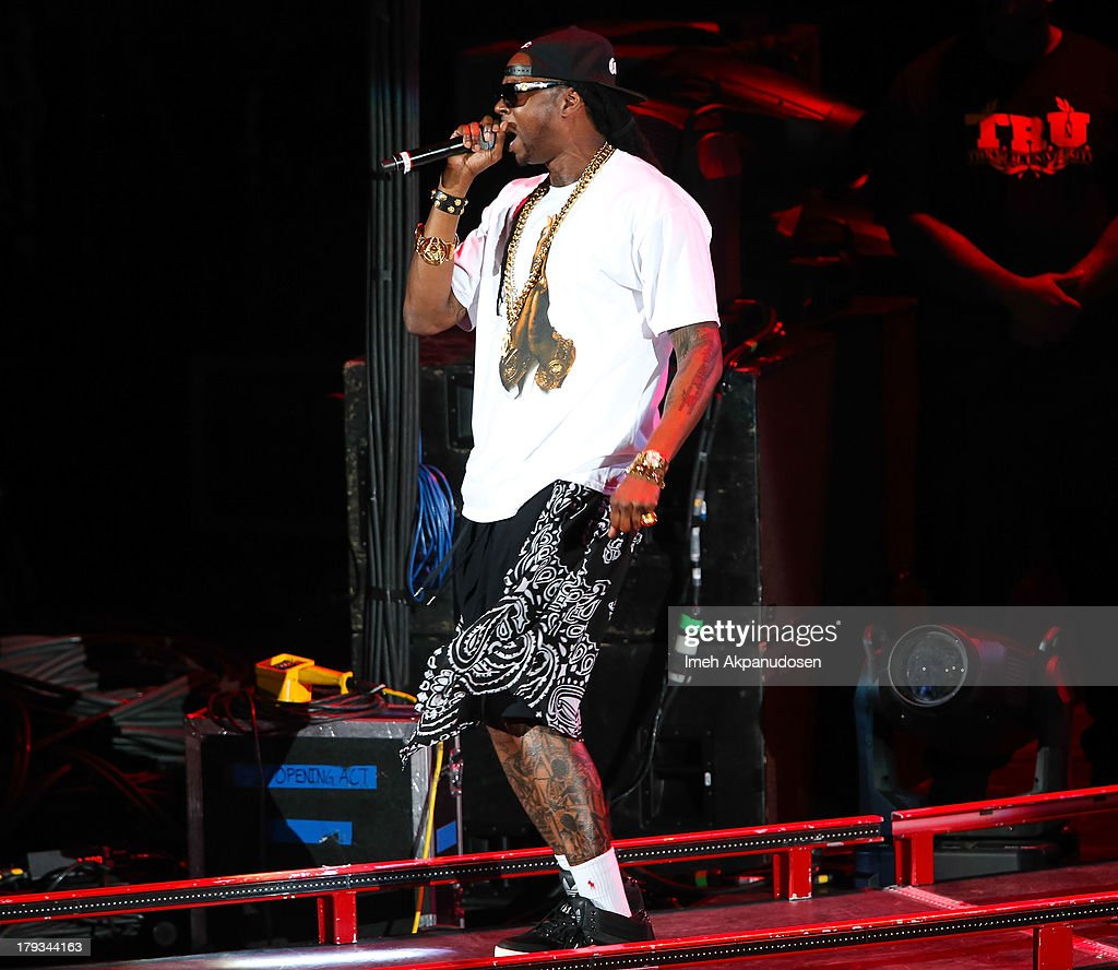 Rapper 2 Chainz performs during the 2013 America's Most Wanted Musical Festival at Verizon Wireless Amphitheatre on September 1, 2013 in Laguna Hills, California.