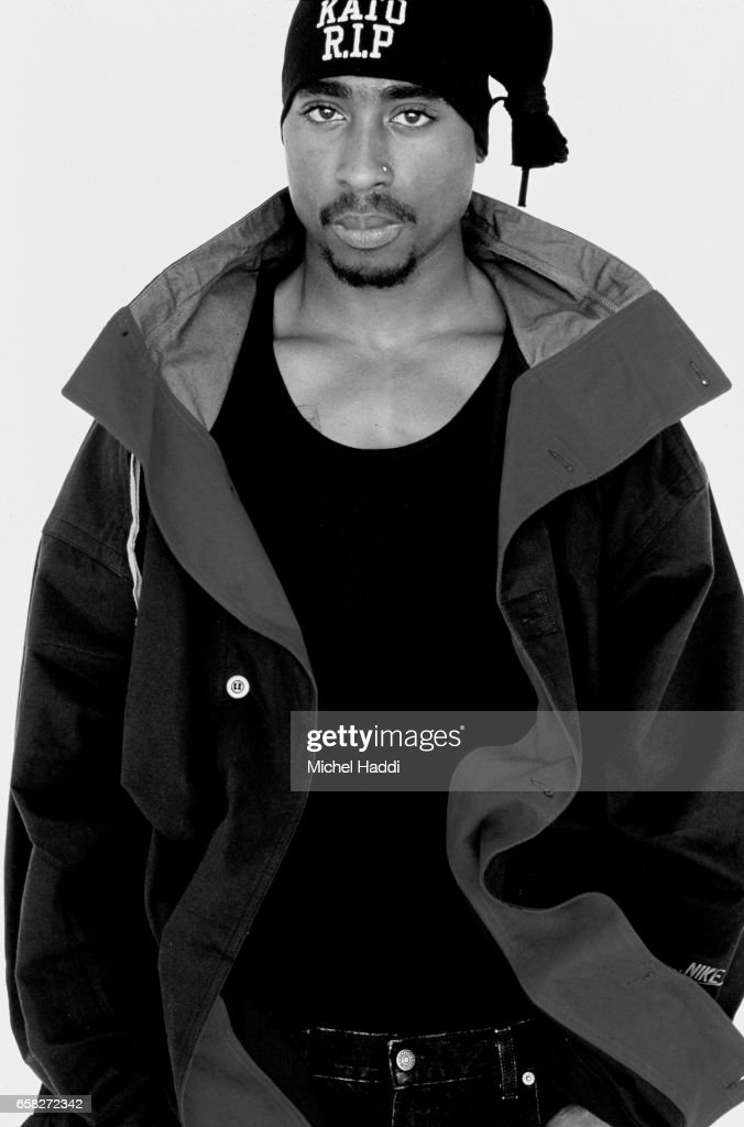 Rapper and actor Tupac Shakur is photographed on April 23, 1993 in Los Angeles, California.