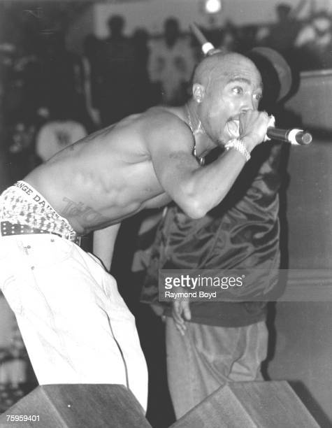 Rapper and actor Tupac Shakur performs in September 1994 in Chicago Illinois