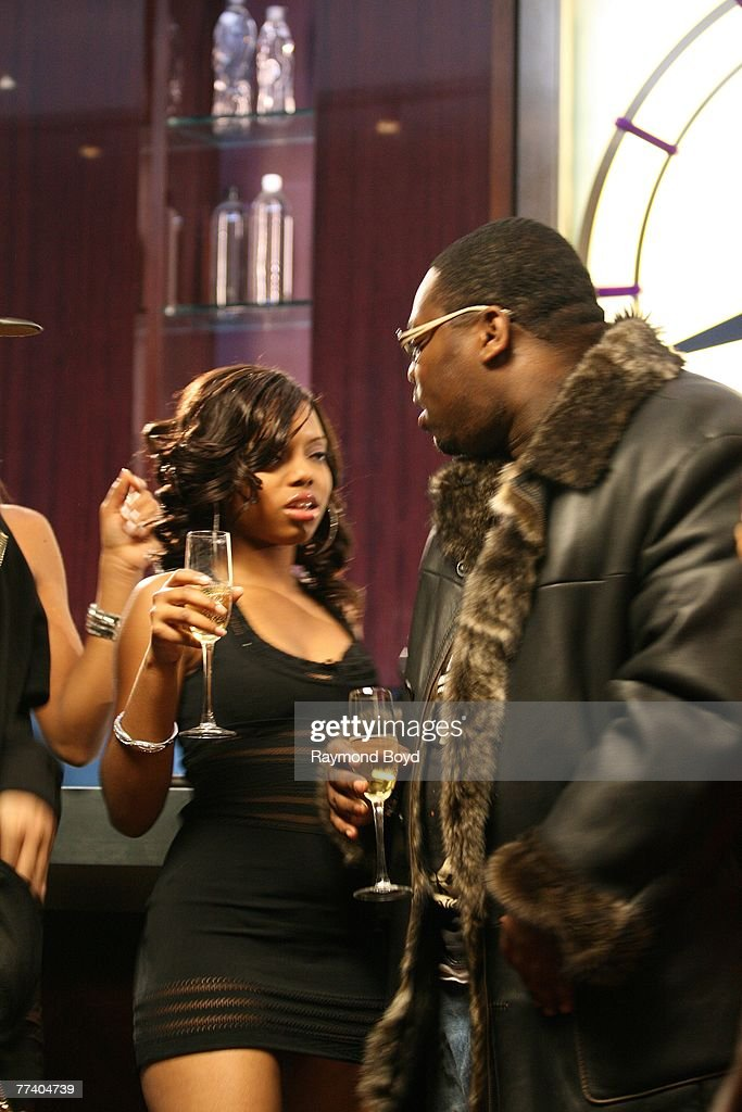 Rapper Beanie Sigel raps during the filming of music video for his single, 'All Of The Above' at the Sofitel Hotel in Chicago, Illinois on October 11, 2007.