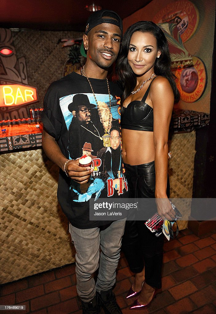 Rapper Big Sean and actress Naya Rivera pose in the green room at the 2013 Teen Choice Awards at Gibson Amphitheatre on August 11, 2013 in Universal City, California.