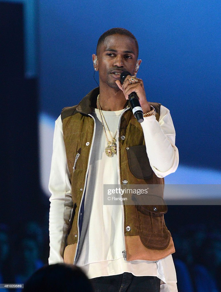 Rapper <a gi-track='captionPersonalityLinkClicked' href=/galleries/search?phrase=Big+Sean&family=editorial&specificpeople=4449582 ng-click='$event.stopPropagation()'>Big Sean</a> performs during the 1st Annual 'We Day' California at ORACLE Arena on March 26, 2014 in Oakland, California.