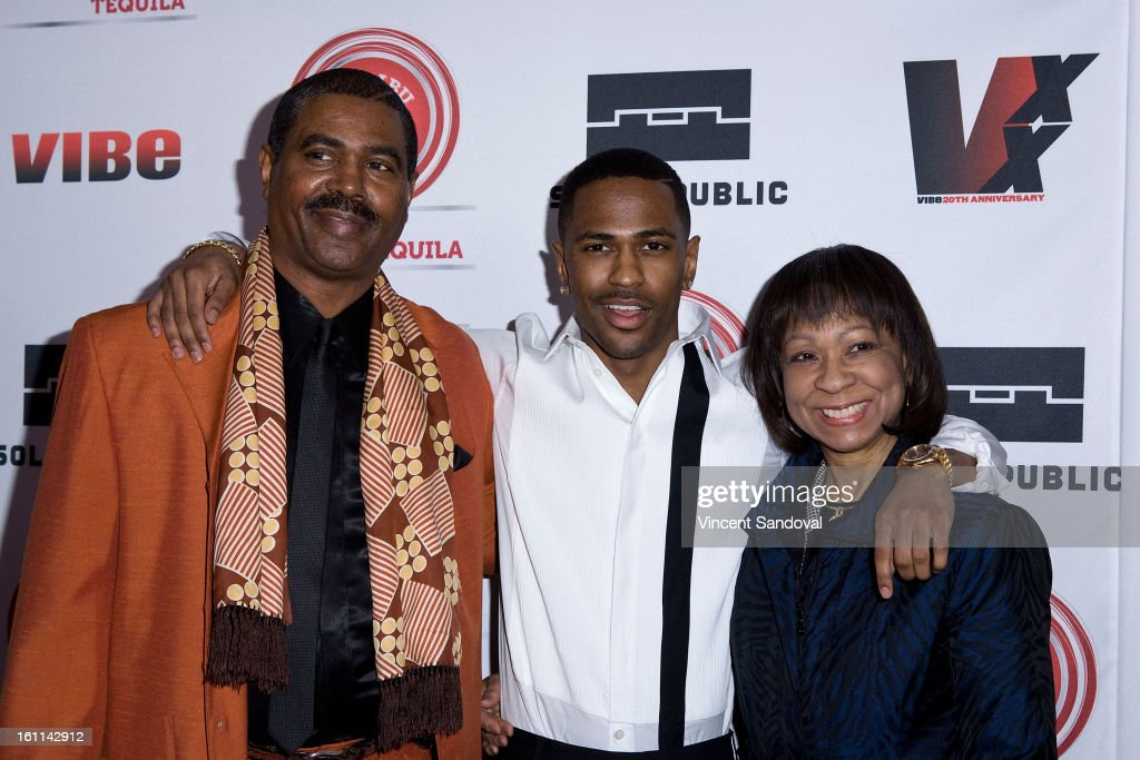 Rapper Big Sean poses with parents at the VIBE Magazine 20th anniversary celebration with inaugural impact awards - Arrivals at Sunset Tower on February 8, 2013 in West Hollywood, California.