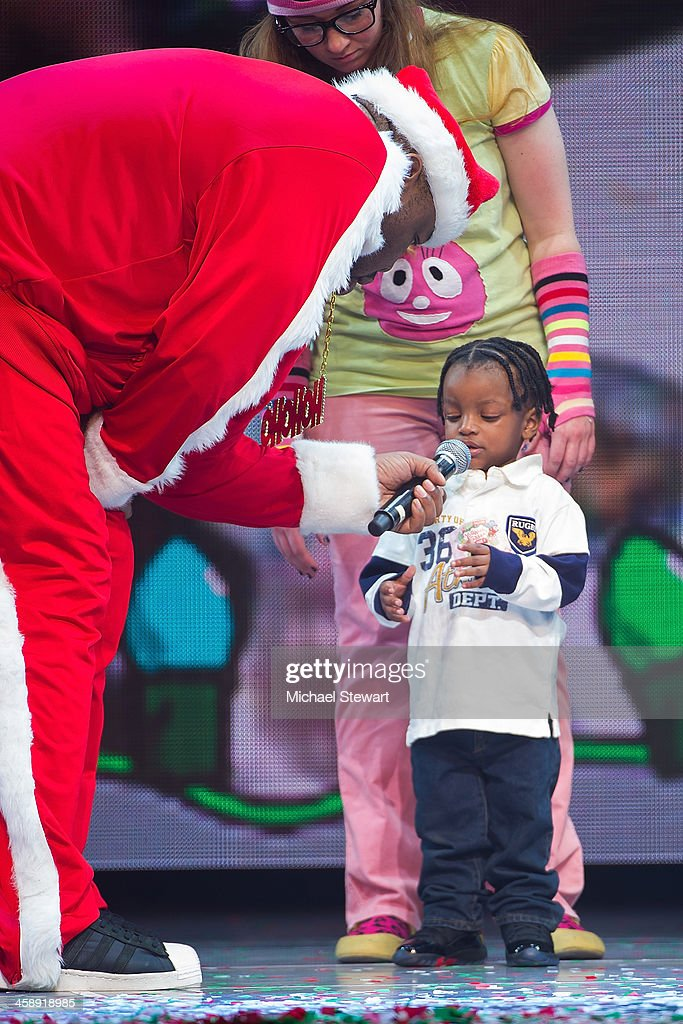 Rapper Biz Markie performs during 'Yo Gabba Gabba! Live!' at The Beacon Theatre on December 22, 2013 in New York City.
