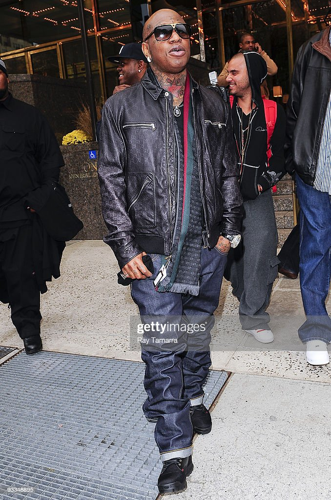 Rapper Bryan 'Birdman' Williams leaves his Midtown Manhattan hotel on November 23, 2009 in New York City.