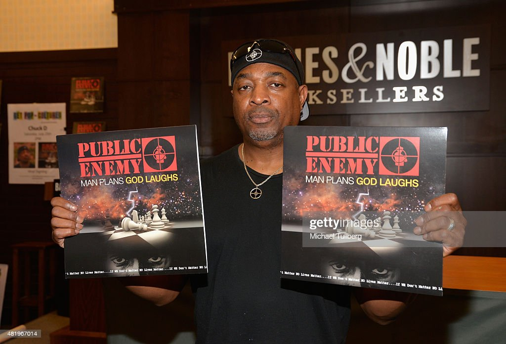 Rapper <a gi-track='captionPersonalityLinkClicked' href=/galleries/search?phrase=Chuck+D&family=editorial&specificpeople=212935 ng-click='$event.stopPropagation()'>Chuck D</a> attends a signing for Public Enemy's new album 'Man Plans God Laughs' at Barnes & Noble at The Grove on July 25, 2015 in Los Angeles, California.