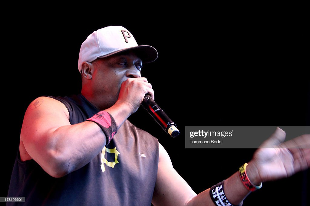 Rapper <a gi-track='captionPersonalityLinkClicked' href=/galleries/search?phrase=Chuck+D&family=editorial&specificpeople=212935 ng-click='$event.stopPropagation()'>Chuck D</a> of Public Enemy performs at the Kings Of The Mic Tour held at The Greek Theatre on July 7, 2013 in Los Angeles, California.