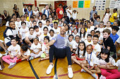 Common Visits NYC Elementary School For Back-To-School...