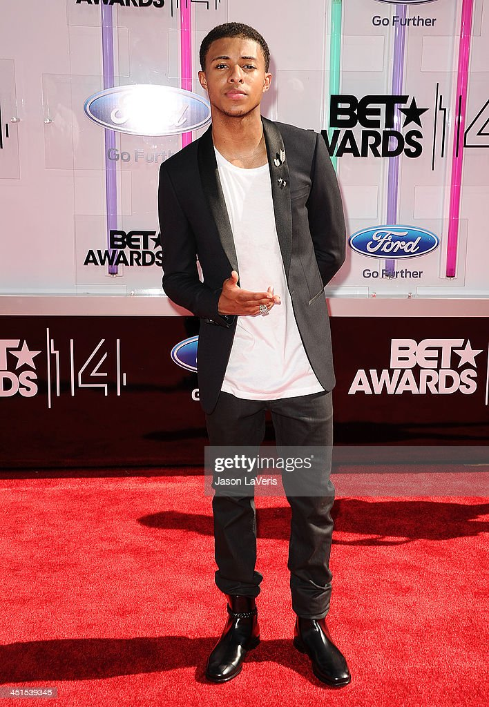 Rapper <a gi-track='captionPersonalityLinkClicked' href=/galleries/search?phrase=Diggy+Simmons&family=editorial&specificpeople=570604 ng-click='$event.stopPropagation()'>Diggy Simmons</a> attends the 2014 BET Awards at Nokia Plaza L.A. LIVE on June 29, 2014 in Los Angeles, California.