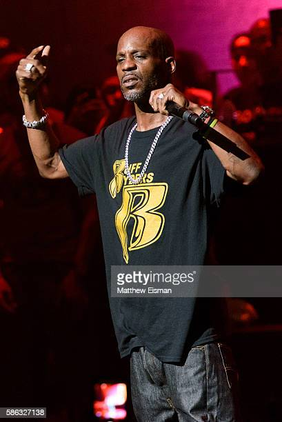 Rapper DMX performs live on stage at the Apollo Theater on August 5 2016 in New York City