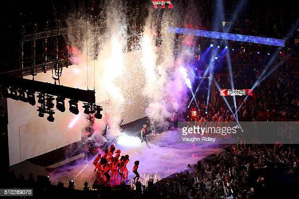 Rapper Drake is introduced during the NBA AllStar Game 2016 at the Air Canada Centre on February 14 2016 in Toronto Ontario NOTE TO USER User...