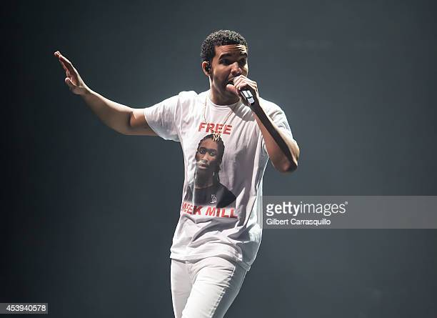 Rapper Drake performs Drake Vs Lil Wayne Tour at the Susquehanna Bank Center on August 21 2014 in Camden New Jersey