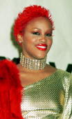 Rapper Eve poses for photographers September 7 2000 at the MTV Awards at Radio City Music Hall in New York City