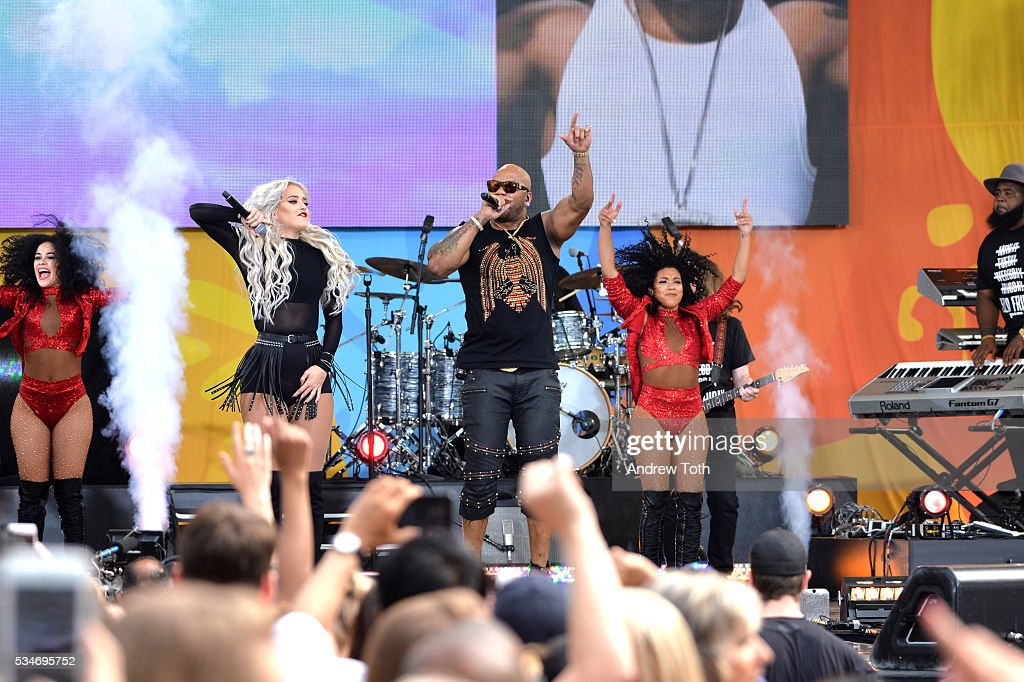 Good Morning America Performances : Flo rida performs during abc s quot good morning america