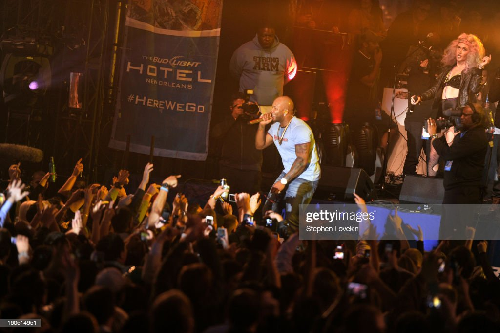 Rapper <a gi-track='captionPersonalityLinkClicked' href=/galleries/search?phrase=Flo+Rida&family=editorial&specificpeople=4456012 ng-click='$event.stopPropagation()'>Flo Rida</a> performs onstage at the Rolling Stone LIVE party held at the Bud Light Hotel on February 1, 2013 in New Orleans, Louisiana.