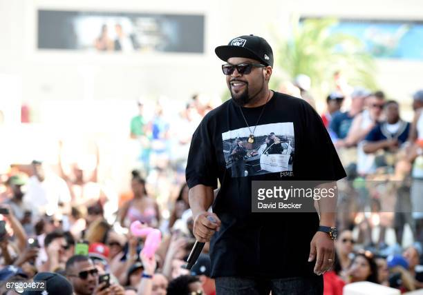 Rapper Ice Cube performs at Daylight Beach Club at the Mandalay Bay Resort and Casino on May 6 2017 in Las Vegas Nevada