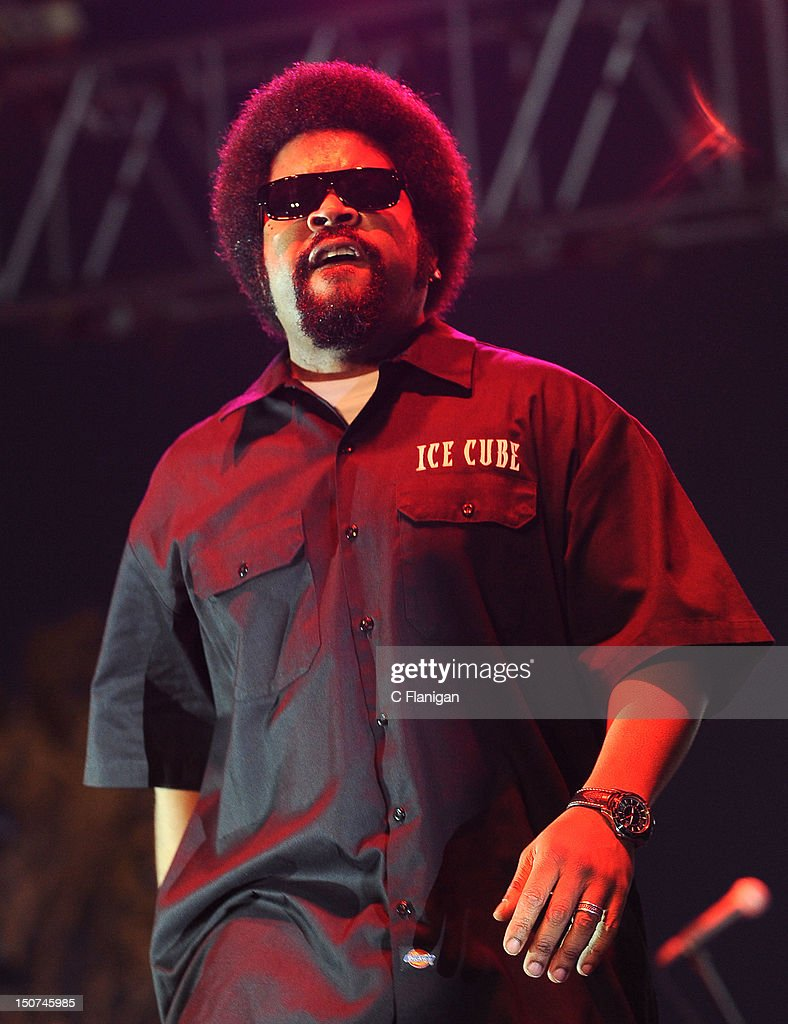 Rapper <a gi-track='captionPersonalityLinkClicked' href=/galleries/search?phrase=Ice+Cube+-+Entertainer&family=editorial&specificpeople=202098 ng-click='$event.stopPropagation()'>Ice Cube</a> performs during the 2012 Boost Mobile & Guerilla Union Rock the Bells Music Festival powered by Blackberry at Shoreline Amphitheatre on August 25, 2012 in Mountain View, California.
