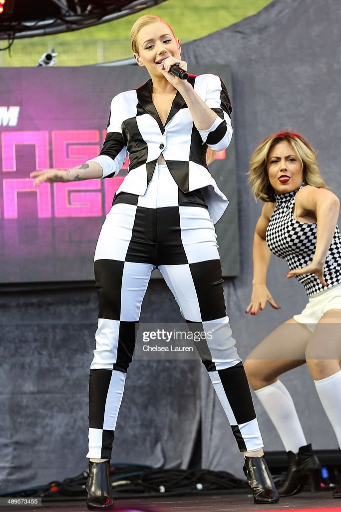 Rapper <a gi-track='captionPersonalityLinkClicked' href=/galleries/search?phrase=Iggy+Azalea&family=editorial&specificpeople=8558263 ng-click='$event.stopPropagation()'>Iggy Azalea</a> performs at 102.7 KIIS FM's Wango Tango at StubHub Center on May 10, 2014 in Los Angeles, California.