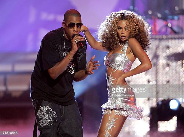 Rapper JayZ and singer Beyonce Knowles perform onstage at the 2006 BET Awards at the Shrine Auditorium on June 27 2006 in Los Angeles California