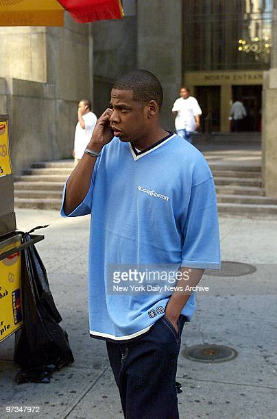 Rapper JayZ outside Manhattan Supreme Court