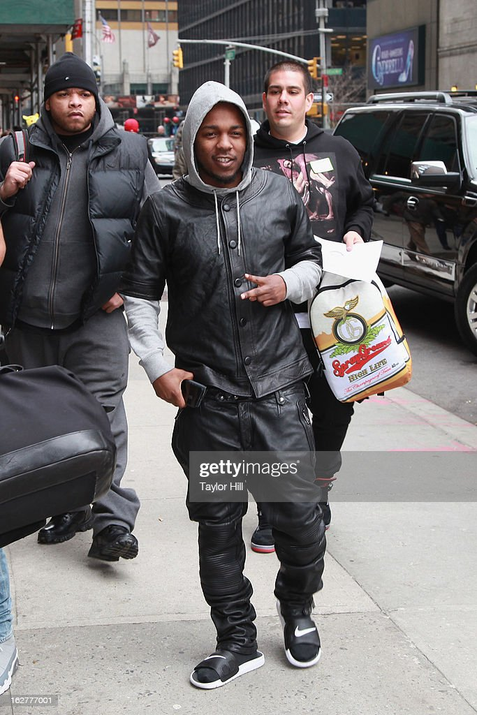 Rapper <a gi-track='captionPersonalityLinkClicked' href=/galleries/search?phrase=Kendrick+Lamar&family=editorial&specificpeople=8012417 ng-click='$event.stopPropagation()'>Kendrick Lamar</a> arrives at 'Late Show with David Letterman' at Ed Sullivan Theater on February 26, 2013 in New York City.