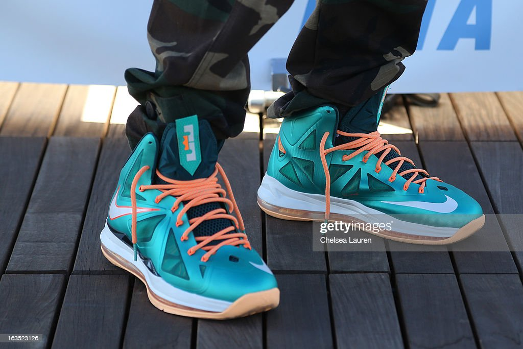 Rapper <a gi-track='captionPersonalityLinkClicked' href=/galleries/search?phrase=Kid+Ink+-+Rapper&family=editorial&specificpeople=8191530 ng-click='$event.stopPropagation()'>Kid Ink</a> (shoe detail) attends the unveiling of his 'Ink, Not Mink' anti-fur ad for PETA at The Bob Barker Building on March 11, 2013 in Los Angeles, California.