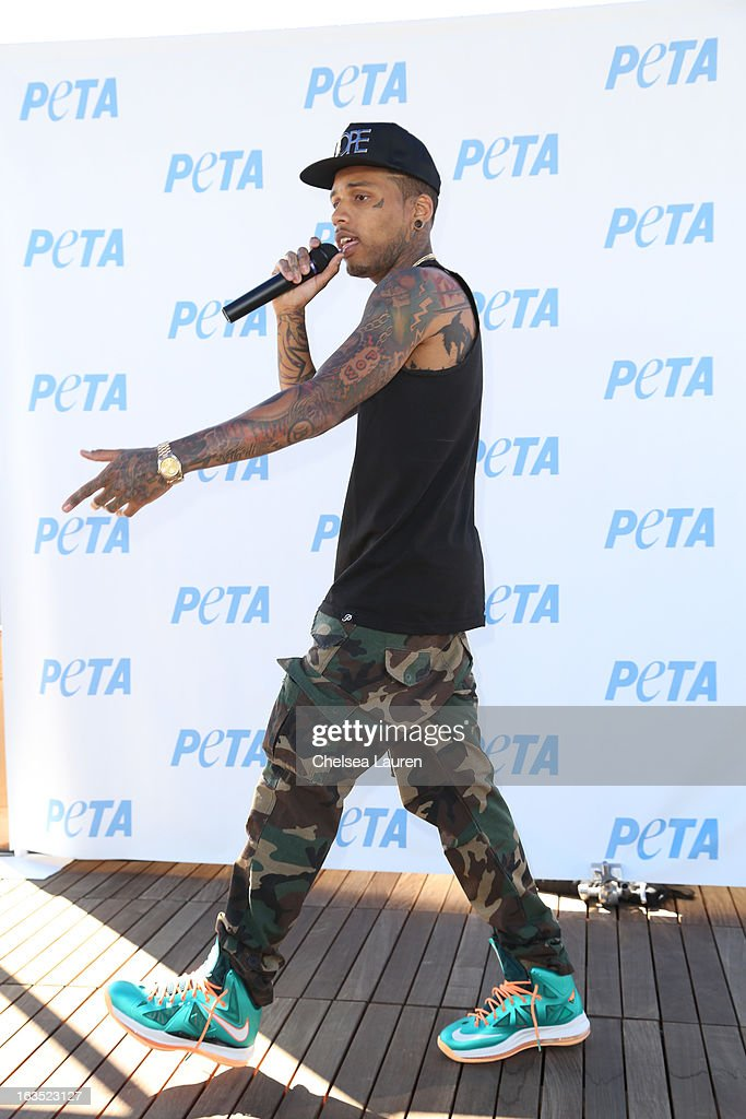 Rapper <a gi-track='captionPersonalityLinkClicked' href=/galleries/search?phrase=Kid+Ink+-+Rapper&family=editorial&specificpeople=8191530 ng-click='$event.stopPropagation()'>Kid Ink</a> performs at the unveiling of his 'Ink, Not Mink' anti-fur ad for PETA at The Bob Barker Building on March 11, 2013 in Los Angeles, California.