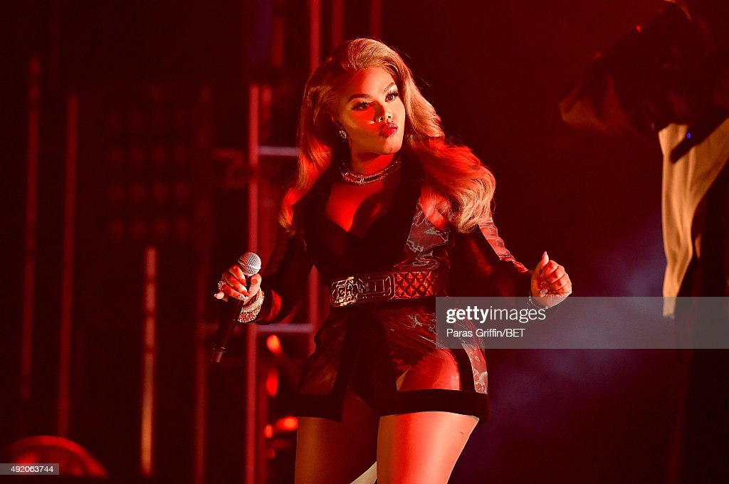 Rapper Lil' Kim performs onstage at the BET Hip Hop Awards Show 2015 at the Atlanta Civic Center on October 9 2015 in Atlanta Georgia