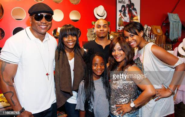 Rapper LL Cool J and his children Italia Smith Najee Smith Nina Smith his wife Simone I Smith and Samaria Smith attend Simone I Smith Jewelry Trunk...