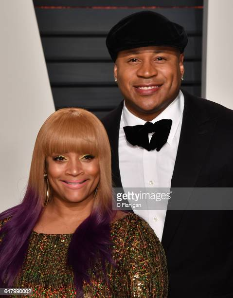 Rapper LL Cool J and Simone Smith attend the 2017 Vanity Fair Oscar Party hosted by Graydon Carter at Wallis Annenberg Center for the Performing Arts...