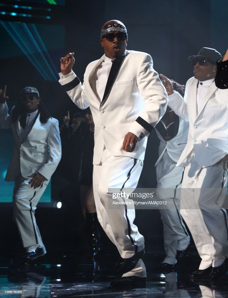 Rapper <a gi-track='captionPersonalityLinkClicked' href=/galleries/search?phrase=MC+Hammer&family=editorial&specificpeople=225081 ng-click='$event.stopPropagation()'>MC Hammer</a> onstage at the 40th American Music Awards held at Nokia Theatre L.A. Live on November 18, 2012 in Los Angeles, California.