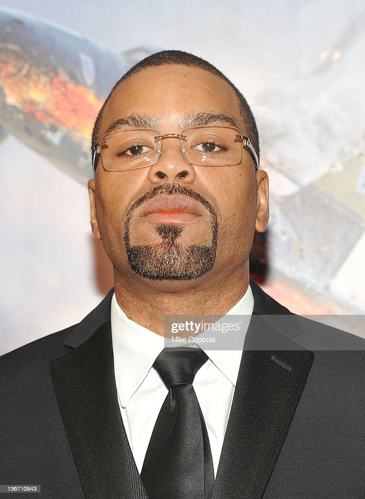 Rapper Method Man attends the 'Red Tails' premiere at the Ziegfeld Theater on January 10 2012 in New York City