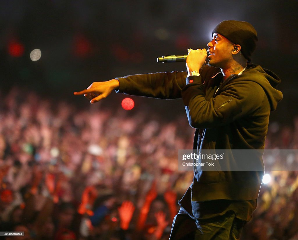 Rapper <a gi-track='captionPersonalityLinkClicked' href=/galleries/search?phrase=Nas&family=editorial&specificpeople=204627 ng-click='$event.stopPropagation()'>Nas</a> performs onstage during day 2 of the 2014 Coachella Valley Music & Arts Festival at the Empire Polo Club on April 12, 2014 in Indio, California.