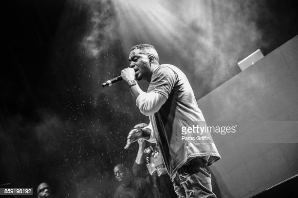 Rapper Nas performs onstage in concert during 2017 A3C Festival at Georgia Freight Depot on October 8 2017 in Atlanta Georgia