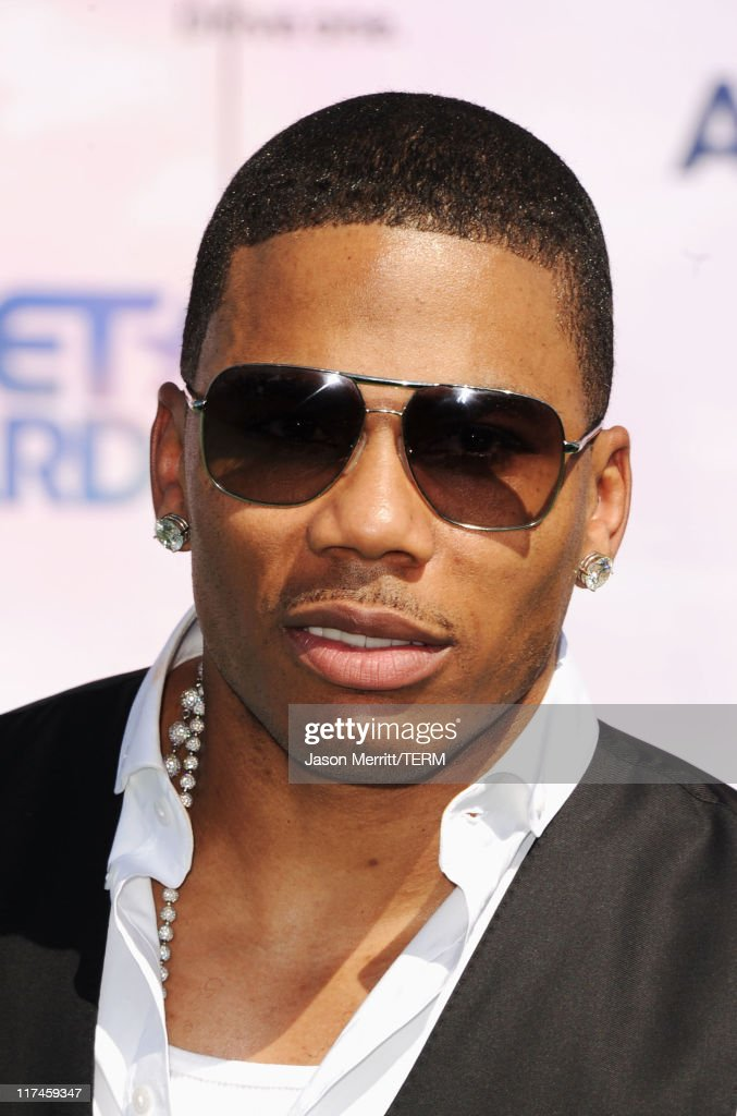 Rapper Nelly arrives at the BET Awards '11 held at the Shrine Auditorium on June 26, 2011 in Los Angeles, California.