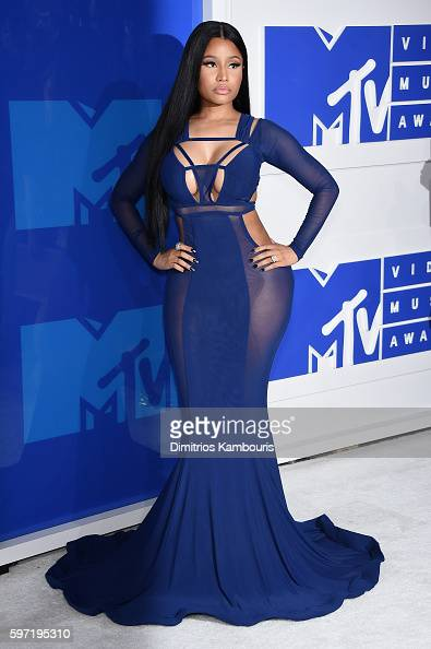 rapper-nicki-minaj-attends-the-2016-mtv-video-music-awards-at-madison-picture-id597195310