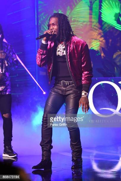 Rapper Offset of Migos performs onstage during the BET Hip Hop Awards 2017 at The Fillmore Miami Beach at the Jackie Gleason Theater on October 6...