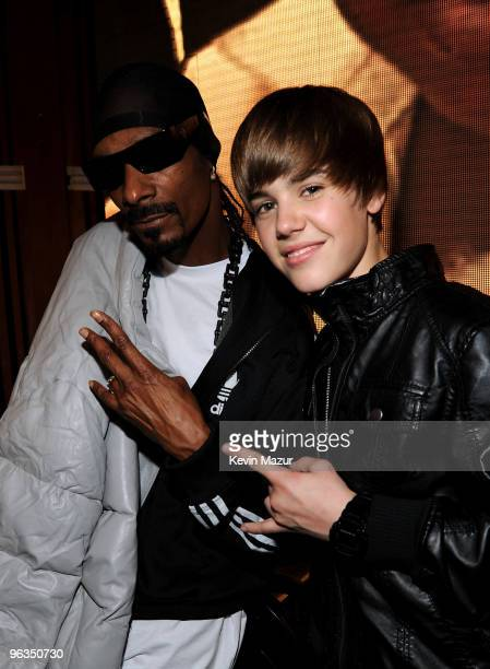 HOLLYWOOD FEBRUARY 01 Rapper Snoop Dogg and singer Justin Bieber at the 'We Are The World 25 Years for Haiti' recording session held at Jim Henson...