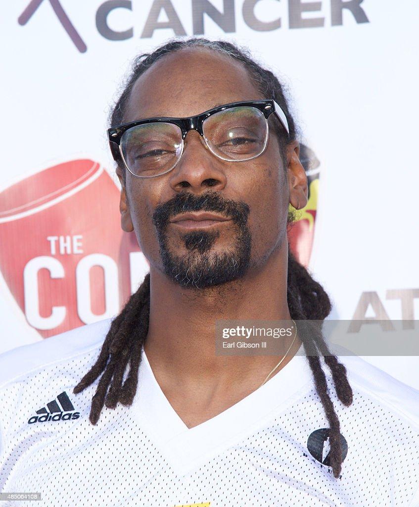 Rapper Snoop Dogg attends Matt Barnes 'Athletes Vs Cancer Celebrity Flag Football Game at UCLA's Drake Stadium on August 23 2015 in Westwood...