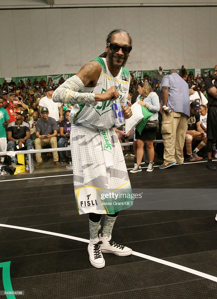 Rapper Snoop Dogg participates in the celebrity basketball game presented by Sprite during the 2016 BET Experience on June 25, 2016 in Los Angeles, California.