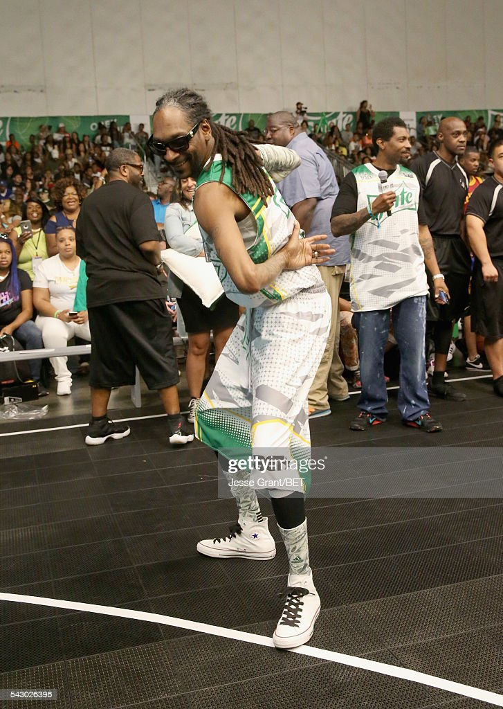 Rapper <a gi-track='captionPersonalityLinkClicked' href=/galleries/search?phrase=Snoop+Dogg&family=editorial&specificpeople=175943 ng-click='$event.stopPropagation()'>Snoop Dogg</a> participates in the celebrity basketball game presented by Sprite during the 2016 BET Experience on June 25, 2016 in Los Angeles, California.