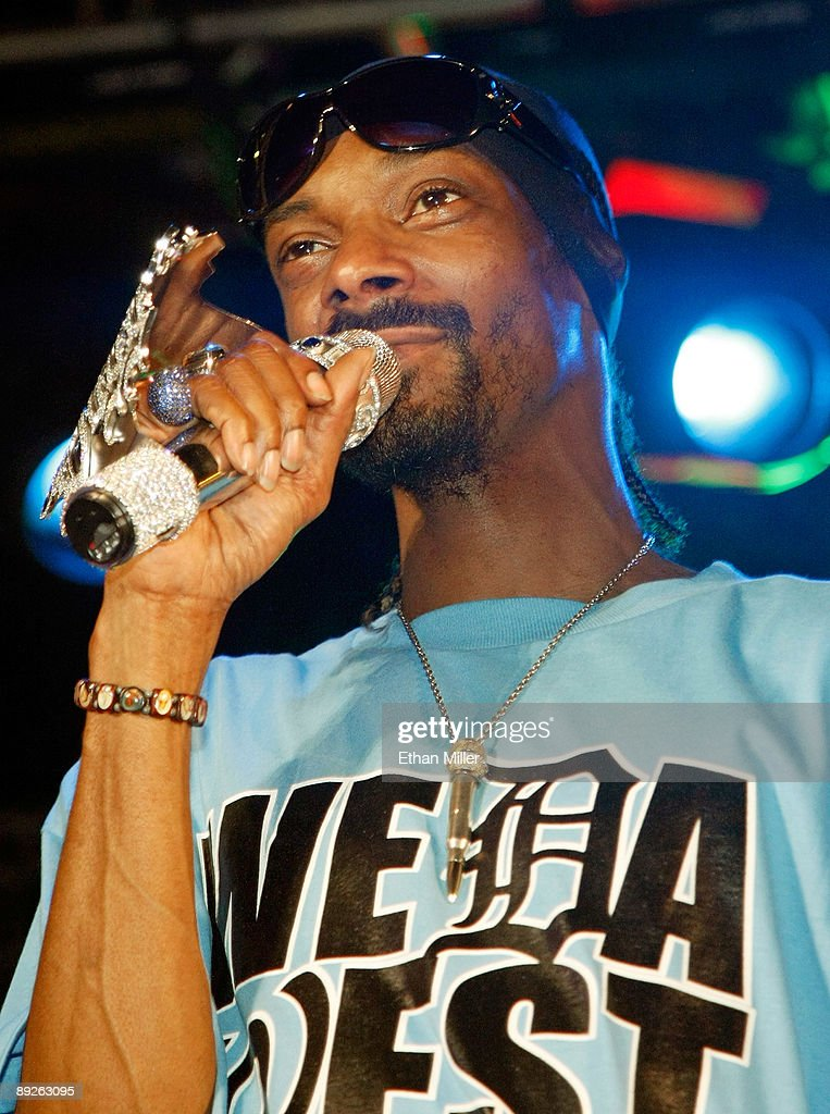 Rapper Snoop Dogg performs at the Kandy Vegas lingerie party at the Palms Casino Resort early July 26, 2009 in Las Vegas, Nevada.