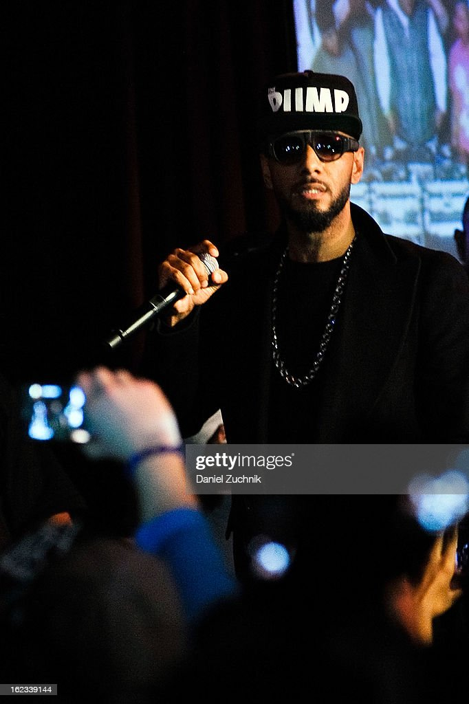 Rapper <a gi-track='captionPersonalityLinkClicked' href=/galleries/search?phrase=Swizz+Beatz&family=editorial&specificpeople=567154 ng-click='$event.stopPropagation()'>Swizz Beatz</a> performs during the 'Thank You To Hip Hop' Hurricane Sandy benefit at BB King on February 21, 2013 in New York City.