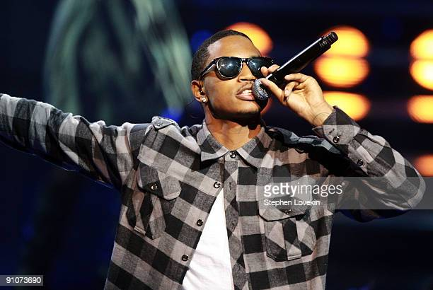 Rapper Trey Songz performs onstage at the 2009 VH1 Hip Hop Honors at the Brooklyn Academy of Music on September 23 2009 in the Brooklyn borough of...