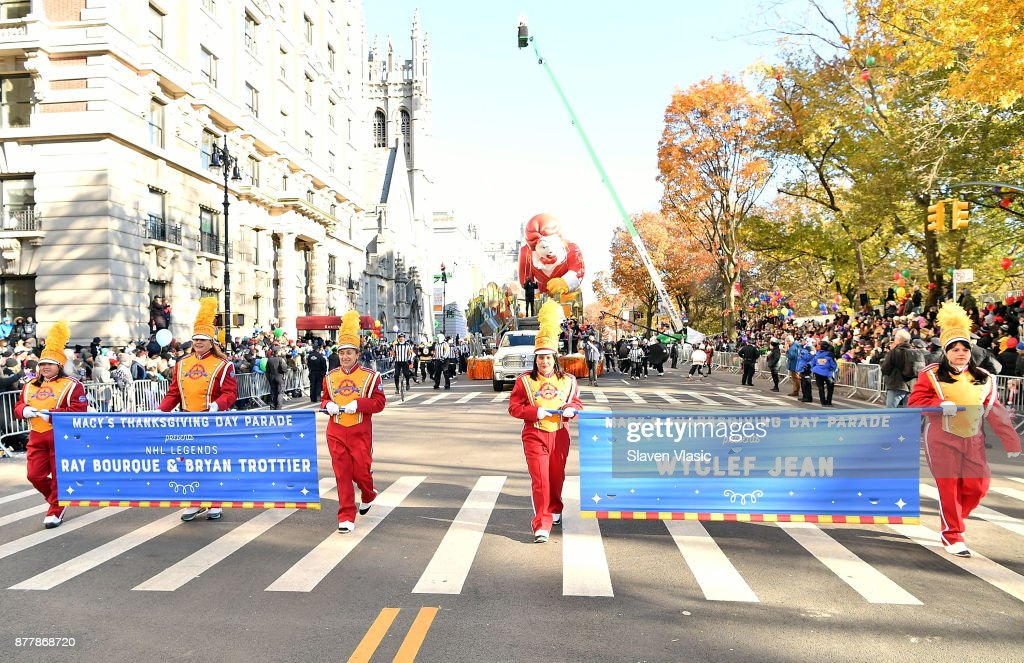 Discover NHL Thanksgiving Showdown Float At The Macy's Thanksgiving Day Parade